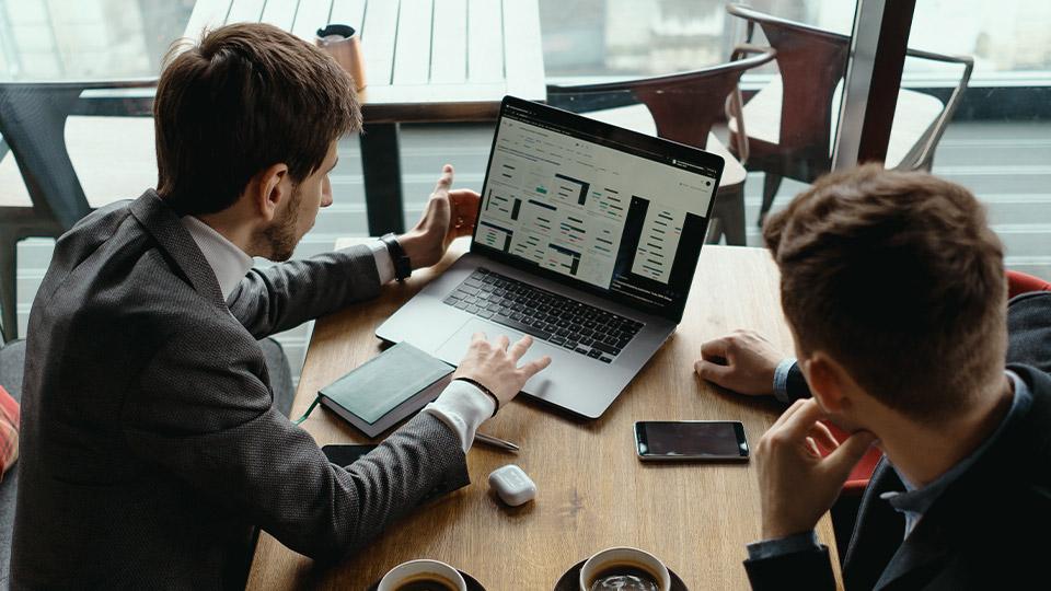 Kde si hľadať prácu ? Aké výhody a nevýhody ponúkajú jednotlivé možnosti ?